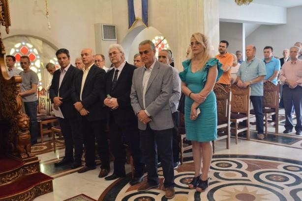 (από αριστερά) Γιάννης Κεσσόπουλος, Πρόεδρος Συνδέσμου Κατοίκων Συνοικισμού Κωνσταντινουπολιτών, Ηλίας Παρασκευάς, Δημοτικός Σύμβουλος και Πρόεδρος της Σχολικής Επιτροπής του Δήμου Πυλαίας Χορτιάτης, Πολύβιος Στράντζαλης, Πρόεδρος της Ενώσεως Ομογενών εκ Κωνσταντινουπόλεως Βορείου Ελλάδος, Σάββας Αναστασιάδης, βουλευτής Β' Θεσσαλονίκης, Ελένη γιαννούδη, Αντιδήμαρχος Παιδείας Δήμου Πυλαίας Χορτιάτη | Φωτογραφία: Δημοσθένης Τσαβδαρίδης